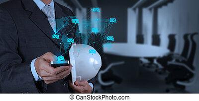 intelligent, homme affaires, téléphone, informatique, main, usage