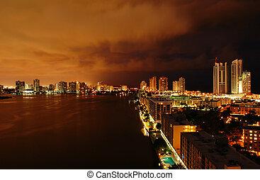 Intercoastal at night - Night view on Aventura from Sunny...