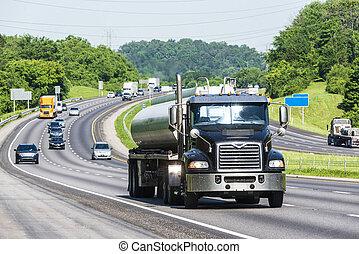 interestatal, camión, gasolina