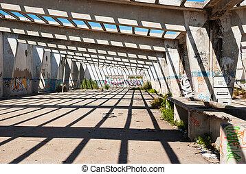 interior, abandonado, fábrica