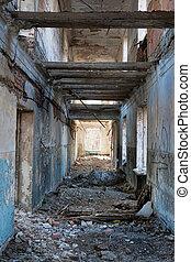 interior, casa, destruido
