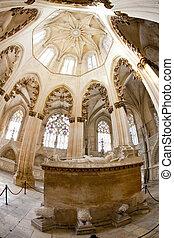 interior of Santa Maria da Vitoria Monastery, Batalha, ...
