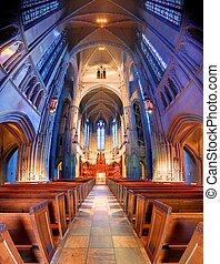 Heinz Chapel - Interior of the interdenominational Heinz ...