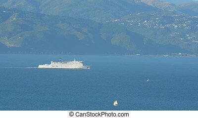 Cook Strait Ferry to Wellington - Interislander Cook Strait...