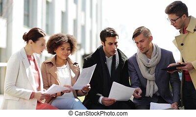international, équipe, dehors, business, papiers