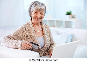 Internet consumer
