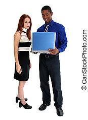 interracial paar, draagbare computer