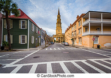Intersection and historic buildings, in Charleston, South Carolina.