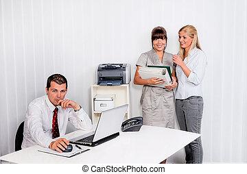 intimide, local trabalho, escritório