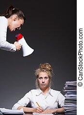 intimider, lieu travail, victime