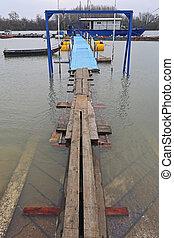 inundaciones, tablones, puente