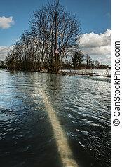 inundado, estrada