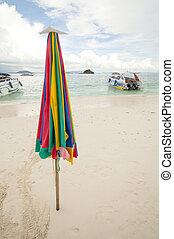 inutilizzato, ombrello spiaggia