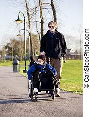 invalide, wandelende, vader, wheelchair, zoon
