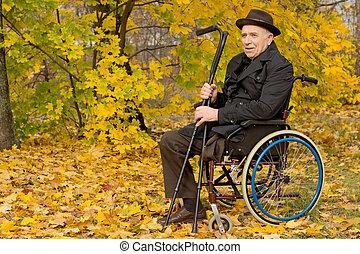 invalido, carrozzella, uomo senior