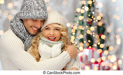 inverno, família, par abraçando, feliz, roupas