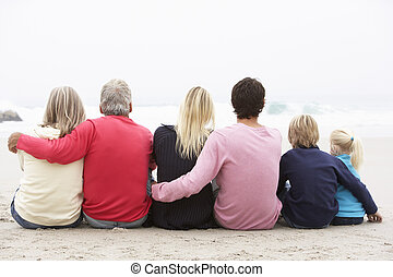 inverno, família, sentando, geração, três, junto, costas, praia, vista