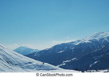 inverno, montanhas, sob, a, neve