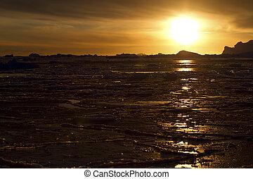 inverno, oceano sul, perto, a, antárctico, península, em, a, pôr do sol