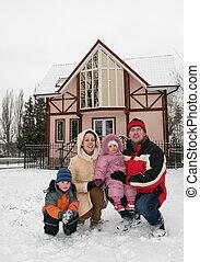 invierno, familia , casa