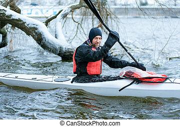 invierno, kayaking, en, el, río, en, ucrania, 05