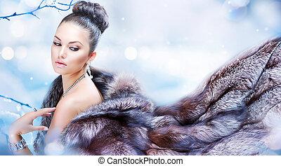 invierno, mujer, en, lujo, chamarra de piel