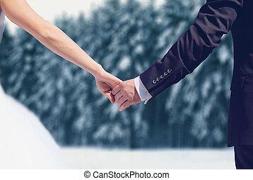 invierno, nevoso, encima, novio, juntos, pareja, novia, bosque, Plano de fondo, Manos, boda, tenencia