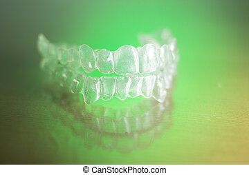 Invisible teeth dental retainer