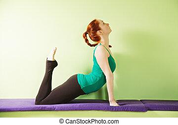 ioga, mulher, arquear, dela, costas
