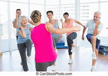 ioga, poder, pessoas, estúdio, condicão física, retrato, sorrindo, classe, exercício