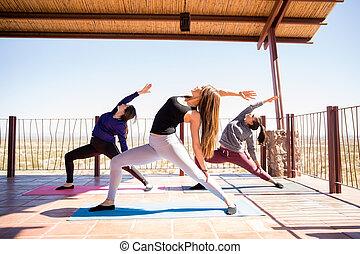 ioga, praticar, em, classe aptidão