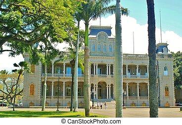 Iolani Palace 3