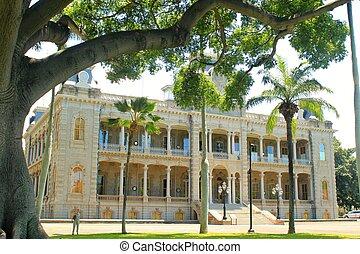 Iolani Palace 7