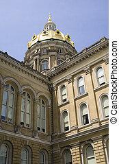Iowa State Capitol Closeup
