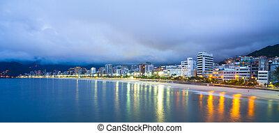Ipanema beach, Rio de Janeiro, Brazil. - Ipanema beach, Rio...