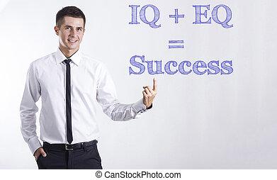 iq, +, eq, =, 成功, -, 若い, 微笑, ビジネスマン, 指すこと, 上に, テキスト