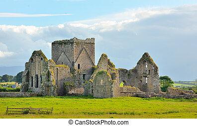 irish ruins - Irish ruins in Cashell, Ireland