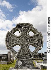irlandzki, starożytny, cemetary, celtycki, przeciw, krzyż
