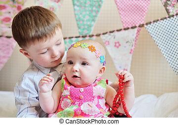 irmã, pequeno, junto, irmão, adorável, tocando