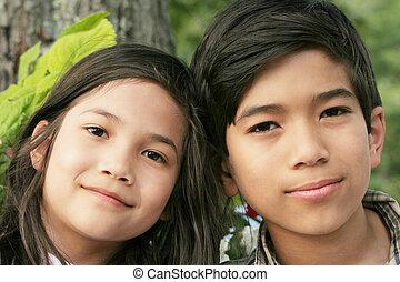 irmã, sorrindo, irmão