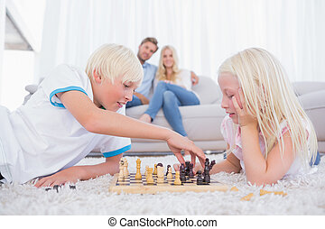 irmã, tocando, irmão, xadrez