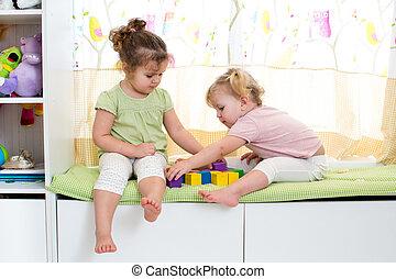 irmãs, jogo, dentro, crianças, junto