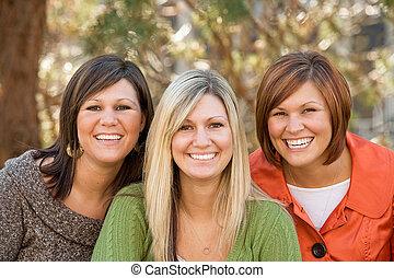 irmãs, três