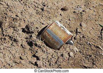 iron pot as garbage