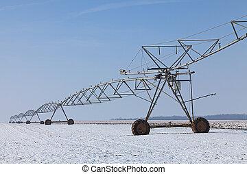 Irrigation pivot in winter
