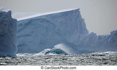 isberg, in, stormig, sjögånger