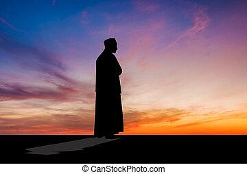 islámico, hombre, rezando, musulmán, oración, en, crepúsculo, tiempo