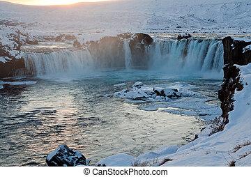 islândia, cachoeira