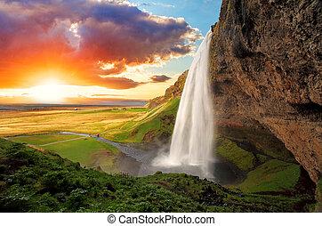 islândia, cachoeira, -, seljalandsfoss