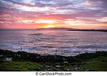 isla, condado, arranmore, donegal, ocaso, sobre, -, ireland...